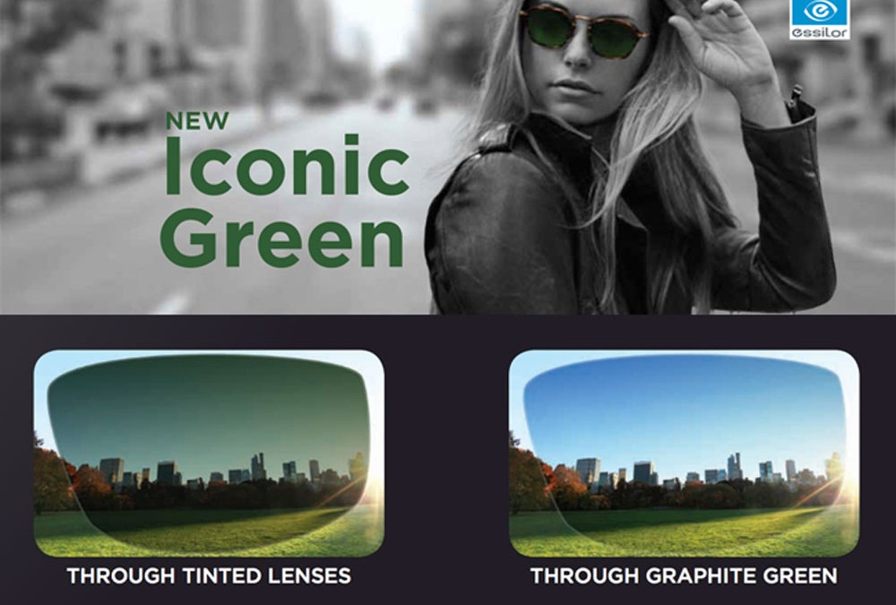 Essiolor transition signature VII graphite green lenses
